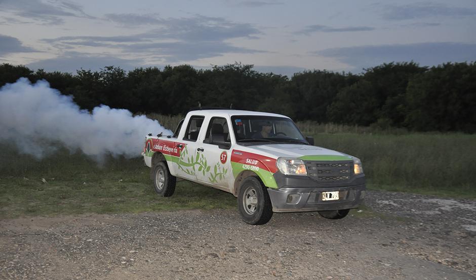 El municipio realiza plan de fumigación ambiental para reducir la población de mosquitos
