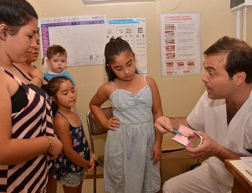Operativos sanitarios a chicos y embarazadas en Monte Grande