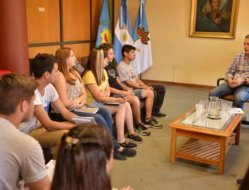 Fernando Gray se reunió con miembros de la federación de estudiantes secundarios