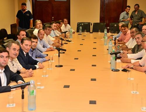 Fernando Gray se reunió con la cúpula de la CGT