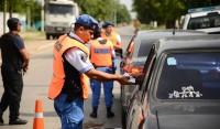 El Municipio de Esteban Echeverría continúa con los controles de tránsito desplegados en las distintas localidades del distrito, en continuidad con los operativos de nocturnidad y de venta ilegal de bebidas alcohólicas.