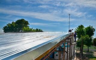 En el marco del Plan de Refacción de 14 instituciones educativas, el Municipio de Esteban Echeverría continúa con las obras de pintura y reparación en la Escuela Primaria Nº 2, en Faro Patagonia 2100, y Primaria Nº 48, en Amado Nervo 2430, Monte Grande.