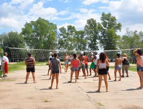 Jóvenes del programa Envión disfrutaron de jornada recreativa en El Jagüel