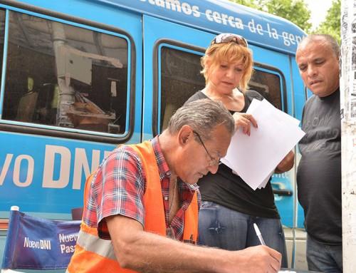 Continúa el operativo para tramitar el DNI en el distrito