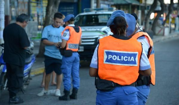 El Municipio de Esteban Echeverría, a través de la Dirección de Tránsito y Transporte, secuestró 11 vehículos y labró 27 actas de infracción, durante los operativos de control vial realizados el fin de semana.