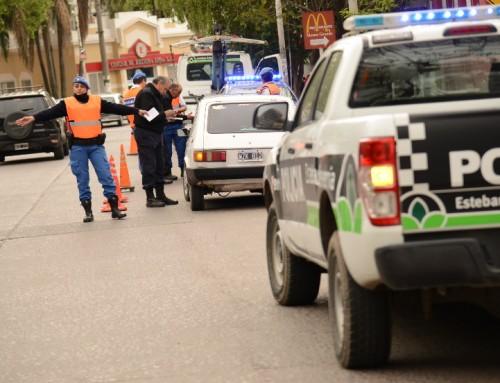 Secuestran 15 vehículos por semana en controles de tránsito