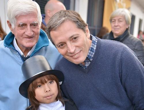 Fernando Gray recorrió la primaria 39 en Monte Grande