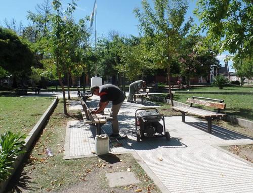Renovaron la plaza Juan de Garay en Luis Guillón