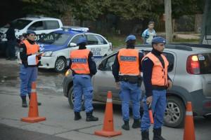 El Municipio de Esteban Echeverría continúa desarrollando operativos de control vehicular, en conjunto con Gendarmería Nacional, a partir de los cuales se labraron más de 40 actas de infracción durante el fin de semana.