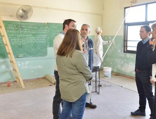 Fernando Gray supervisó obras de remodelación en escuelas secundarias 12 y 14