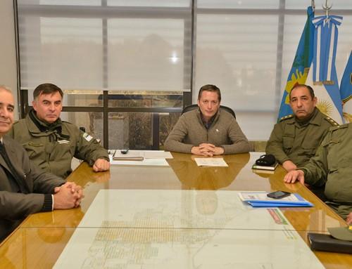 Fernando Gray se reunió con personal de gendarmería  para reforzar la seguridad