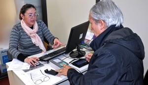 El Municipio de Esteban Echeverría sumó nuevos beneficios al momento de tramitar la licencia para los vecinos mayores de 70 años, eximiéndolos del pago de tasas municipales.