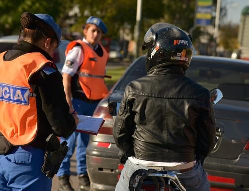 Extienden los controles de tránsito en todo el distrito
