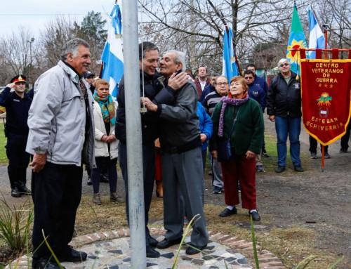 Fernando Gray celebró la independencia junto a vecinos del distrito