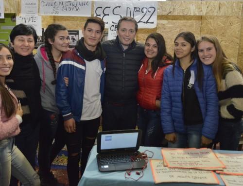 Fernando Gray junto a 130 escuelas en la Feria de Educación, Arte, Ciencia y Tecnología