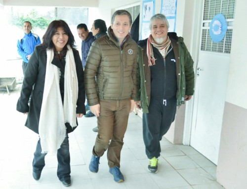 Fernando Gray inauguró nuevas obras en Escuela Secundaria 22
