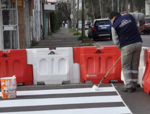 El municipio renueva la señalización vial en Monte Grande