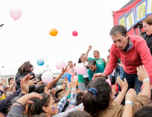 Fernando y Magui Gray celebraron el mes del niño en distintas plazas del distrito