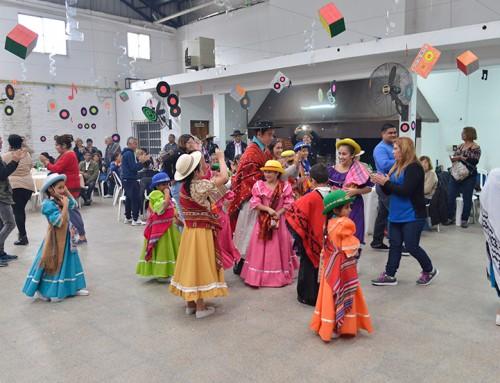 Fernando y Magui Gray participaron de actividades sociales en Luis Guillón y Monte Grande
