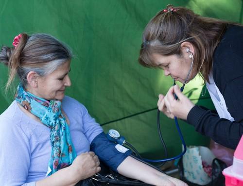Controles de salud y vacunación para adultos