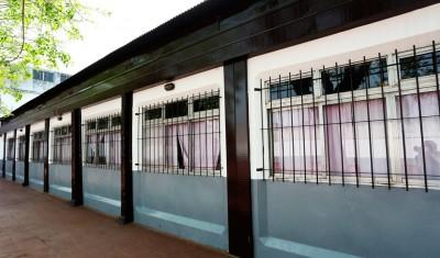 El Municipio de Esteban Echeverría finalizó las obras de puesta en valor en la Escuela Primaria N° 14, ubicada en Boulevard Buenos Aires 690, Monte Grande, en el marco del Plan Integral de Refacción de 68 Instituciones Educativas.