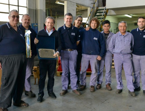 Fernando Gray recorrió fábrica Kunz en Luis Guillón