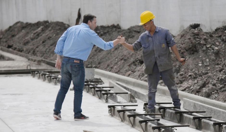 Fernando Gray recorrió avance de obra hídrica San Carlos en 9 de Abril