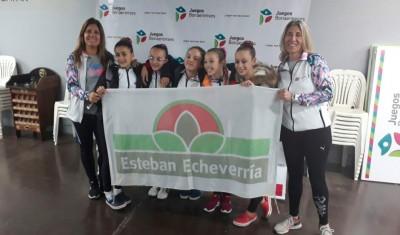 El equipo de Gimnasia Artística Sub 12 Femenino logró la primera medalla de oro para Esteban Echeverría en la final provincial de los Juegos Bonaerenses 2017, que se disputan en Mar del Plata, galardón que permite la clasificación de las gimnastas a los Juegos Nacionales Evita.
