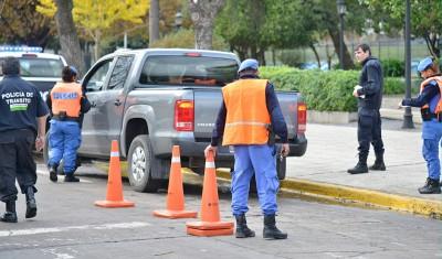 El Municipio de Esteban Echeverría realizó operativos viales durante el fin de semana, durante los cuales se secuestraron más de 10 vehículos y se labraron 34 actas de infracción.