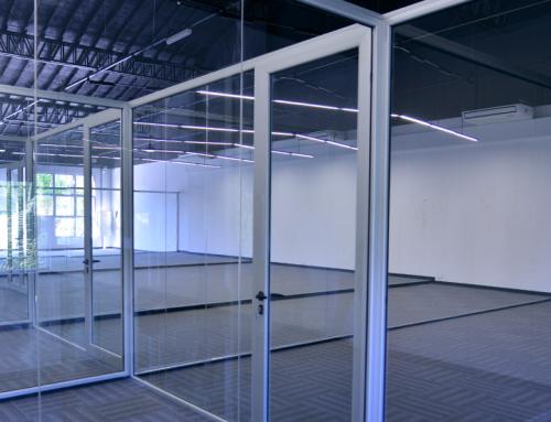 Fernando Gray recorrió avance de obra en nuevo centro integral de monitoreo
