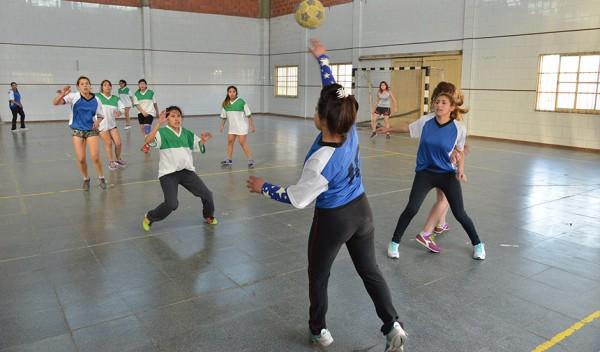 Como todos los años, la Dirección General de Deportes y Recreación realiza la inscripción para la etapa distrital de los Juegos Bonaerenses 2017, en las categorías juveniles, adultos mayores y deportistas adaptados.