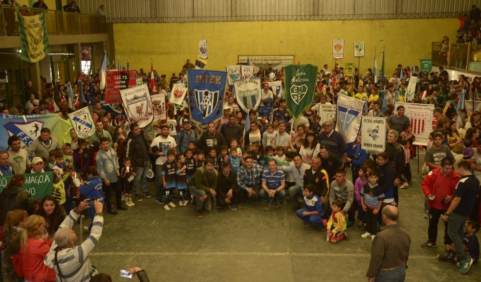 Fernando Gray inauguró torneo de fútbol infantil en el Jagüel