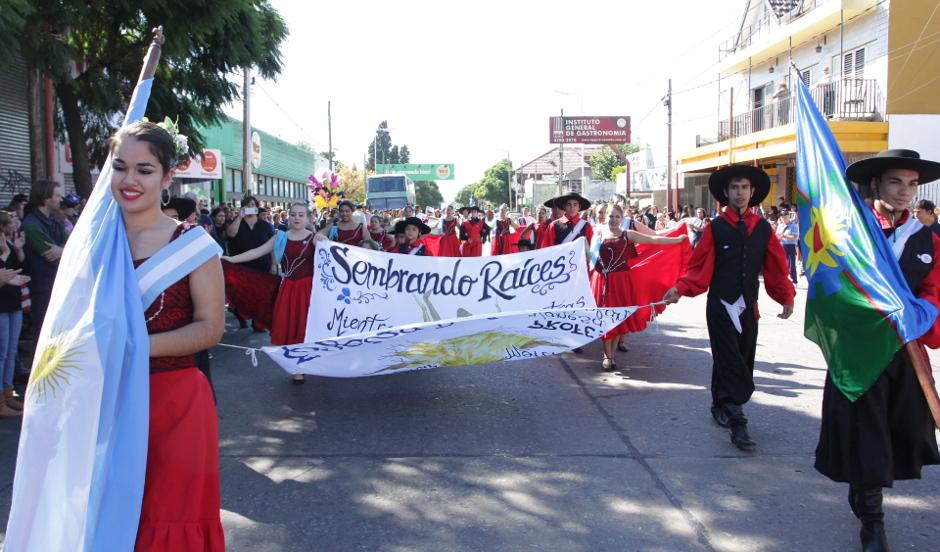 Gray- Centros Tradicionalistas- Aniversario del distrito (1)