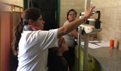 El Municipio de Esteban Echeverría realizará, esta semana, operativos de salud a niños y mujeres, en conjunto con la entrega de leche e inscripción al Plan Más Vida, en distintos puntos del distrito.