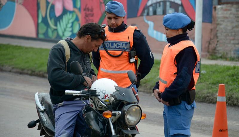 El Municipio de Esteban Echeverría continúa desarrollando operativos de control vehicular, a partir de los cuales se labraron 25 actas de infracción durante el fin de semana.
