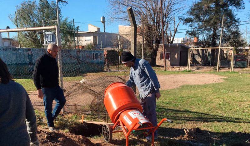En sintonía con la refacción y recuperación de las dependencias públicas, el Municipio de Esteban Echeverría avanza con las tareas en el CAI El Manzanar, ubicado en Colonia Monte Grande 4990, 9 de abril.