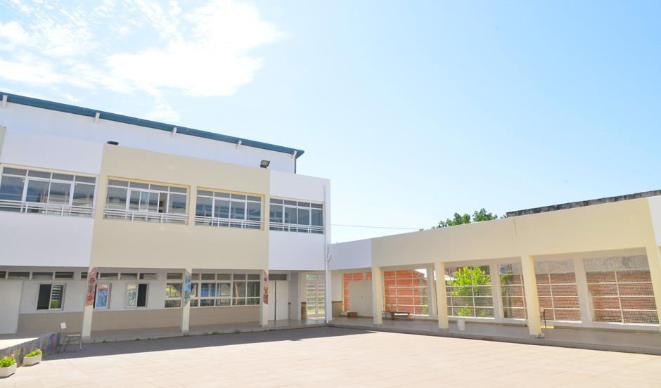 Finalizaron obras de refacción en escuela secundaria N° 15 en Canning