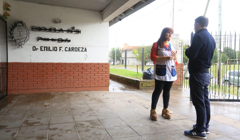 FERNANDO GRAY SUPERVISÓ DESINFECCIÓN Y FUMIGACIÓN EN LA ESCUELA PRIMARIA N° 51
