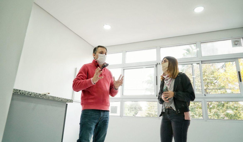 FERNANDO GRAY RECORRIÓ LA UNIDAD SANITARIA N° 1 DE LUIS GUILLÓN