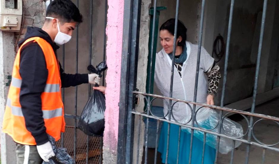 EL MUNICIPIO REPARTIÓ PAPAS Y CALABAZAS A OTRAS 2.500 FAMILIAS DE 9 DE ABRIL