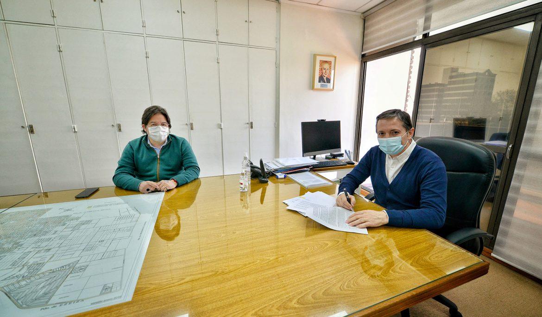 FERNANDO GRAY FIRMÓ CONVENIO DE COOPERACIÓN CON EL DIRECTOR NACIONAL DE DISCAPACIDAD