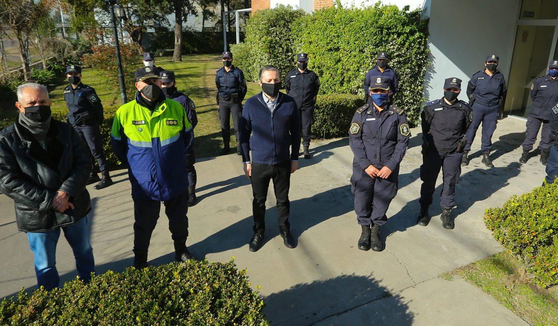 FERNANDO GRAY RECORRIÓ CENTRO DE ALOJAMIENTO DE LA POLICÍA PROVINCIAL