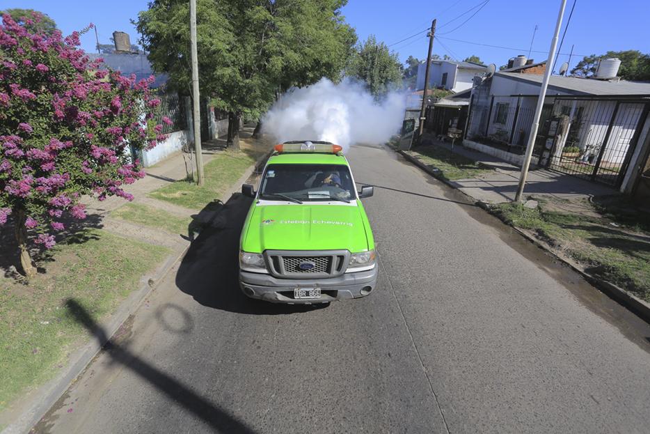 NUEVOS OPERATIVOS DE FUMIGACIÓN EN MONTE GRANDE SUR