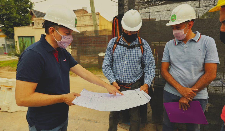 FERNANDO GRAY RECORRIÓ OBRA HÍDRICA EN MONTE GRANDE